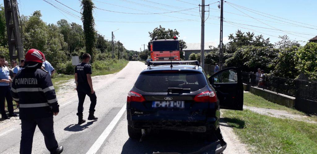 Copilă rănită în accident la Budeasa