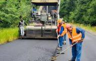 Drumarii execută lucrări pe Transfăgărăşan