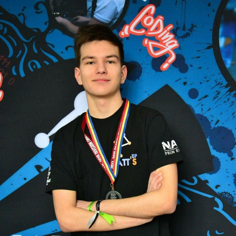 Bogdan Sitaru, medalie de argint la Olimpiada de Informatică şi viitor student la Oxford