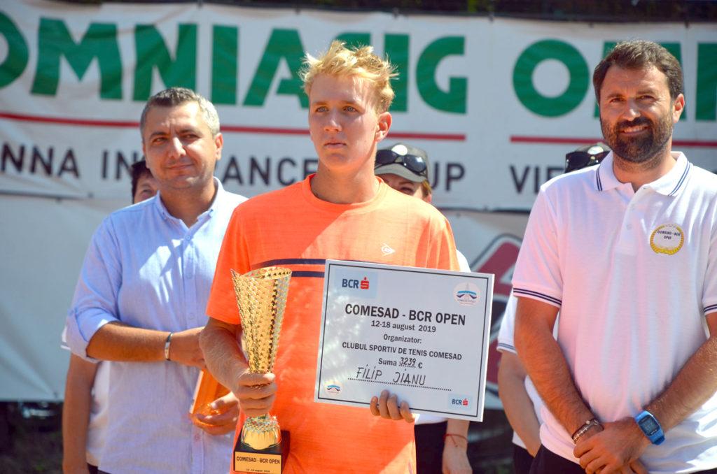 Un junior român a câştigat Comesad BCR Open