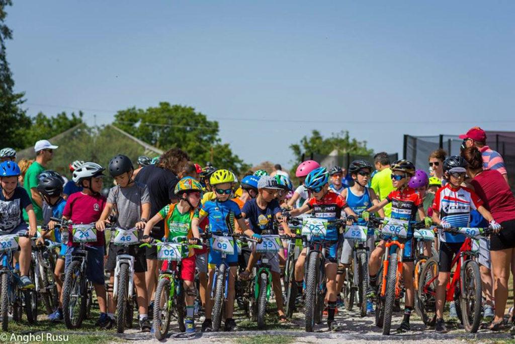 Pentru copii, concurs de biciclete în Trivale