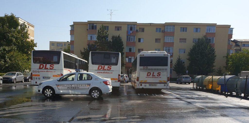 Parcare specială pentru transportul angajaților la Uzina Dacia