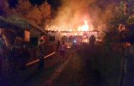 Incendiile au făcut prăpăd în Argeş