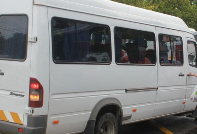 Șofer de maxi-taxi din Argeș, cocoșat de amendă!