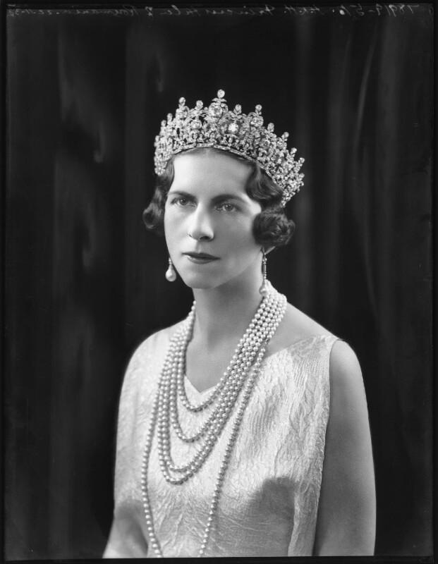 Osemintele Reginei Elena vor fi aduse în ţară, la Curtea de Argeș