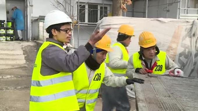 Cât câștigă nepalezii angajați în Argeș