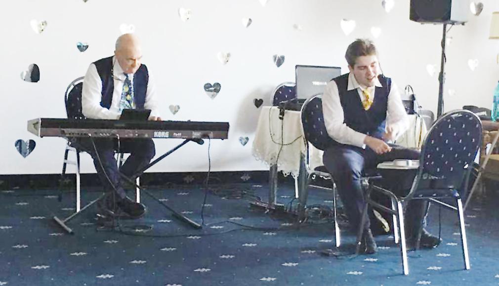 Fiul medicului Adrian Tase lansează primul album