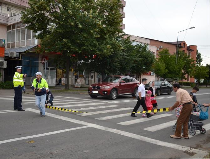La Pitești, accident între femei