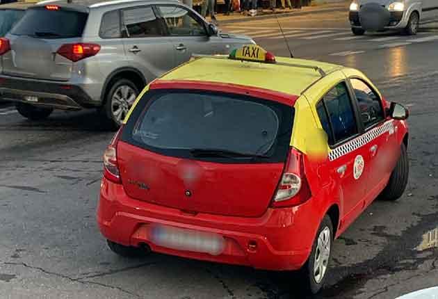 Taximetrist din Piteşti, lăsat fără obiectul muncii în timpul serviciului