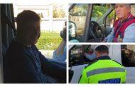 Șoferi de maxi-taxi amendați în Pitești, bucuroși că patronul plătește