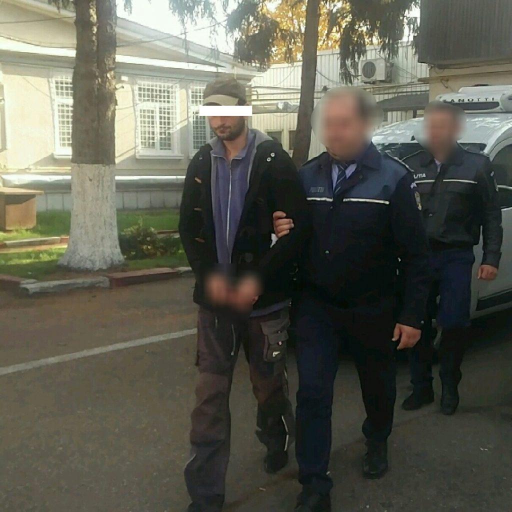 Piroman arestat la Costeşti!