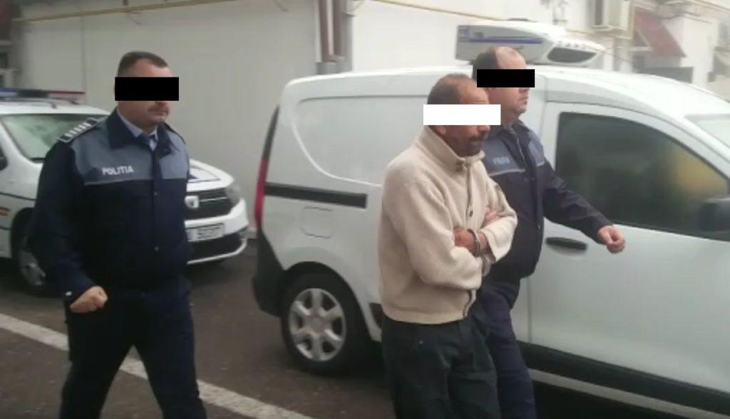 Polițiștii lucrează la o BAZĂ de date cu INFRACTORI SEXUALI