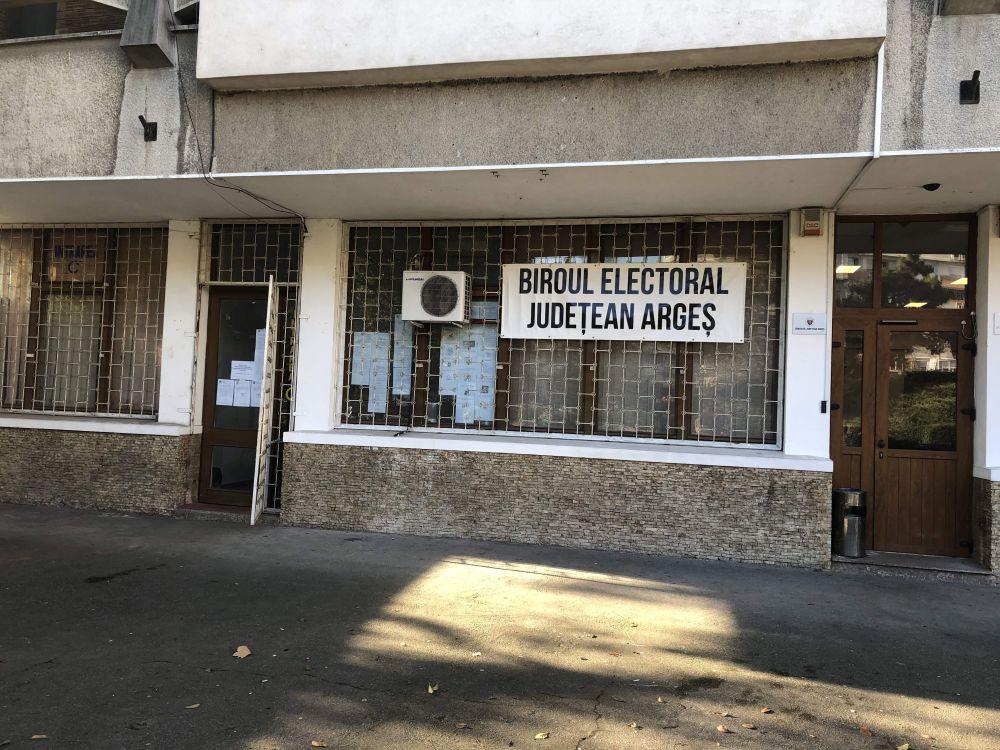 Cine supervizează alegerile în Argeș