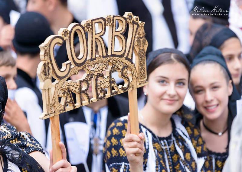 Tradiţii de Ziua Naţională la Corbi