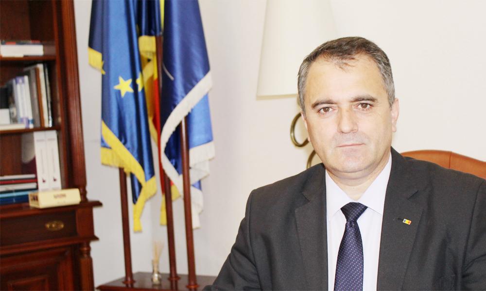 Gigel Paraschiv, Doctor Honoris Causa al Universității din Pitești