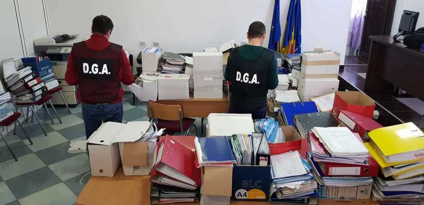 Descinderi ale Anticorupției în Argeș și județe învecinate! Un fost primar,