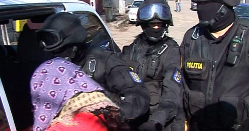 Ghicitoare din Pitești, dată la POLIȚIE de clientul păcălit
