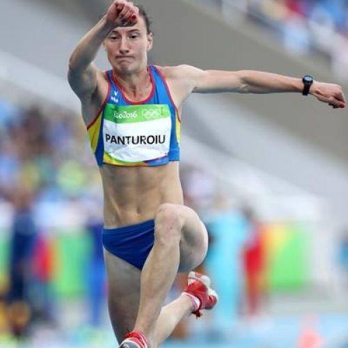 Andreea Panţuroiu, campioană balcanică la triplusalt