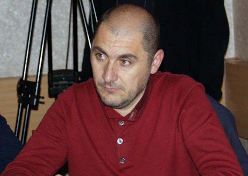 DIRECTOR NOU LA