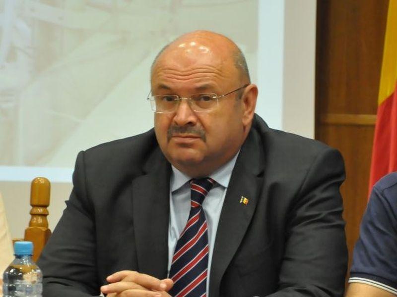 Ion Mânzână: