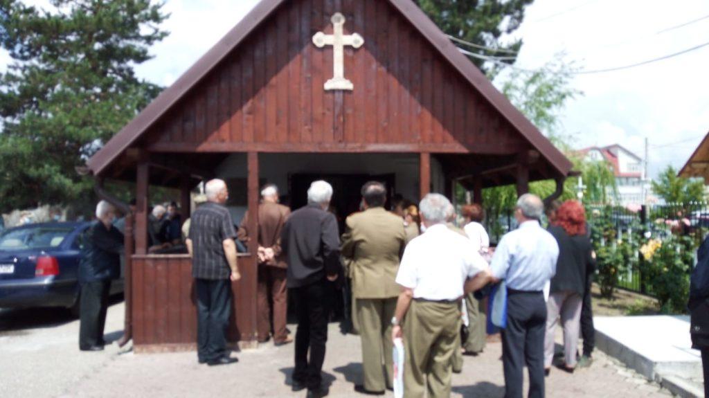 VIDEO: Slujbă de înmormântare pentru eroul Mihail Ghiţescu