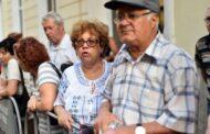 Asociaţiile de pensionari anunţă proteste de stradă, în septembrie, dacă Guvermul nu creşte pensiile cu 40%