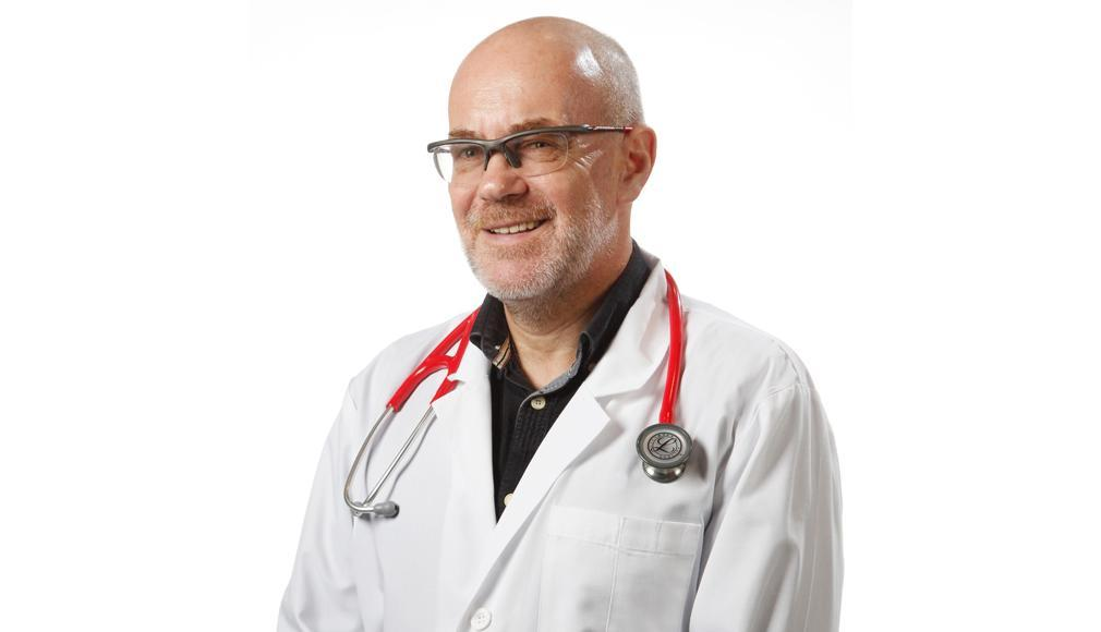 "DR. ADRIAN TASE LA ""ORA DE COVID-19"""