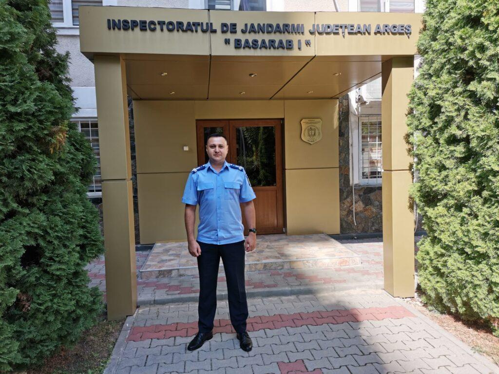 OFIȚER JANDARM, LECTOR LA UN CURS ORGANIZAT DE CENTRUL DE EXCELENȚĂ NATO