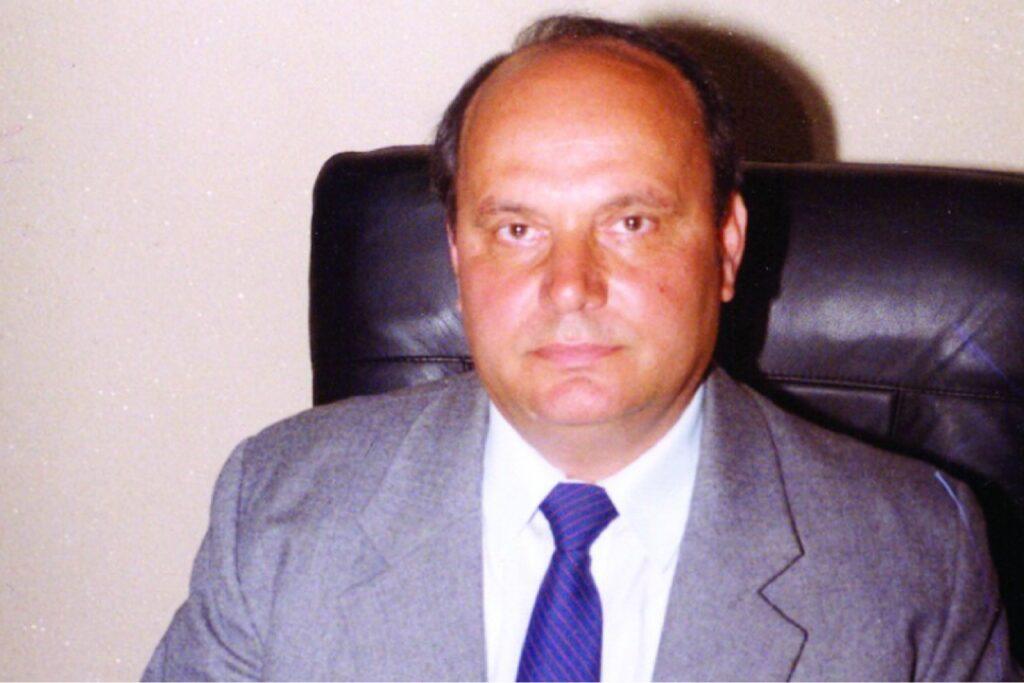 FOSTUL PROCUROR GENERAL ARGEȘEAN RISTEA A PUBLICAT 18 CĂRȚI