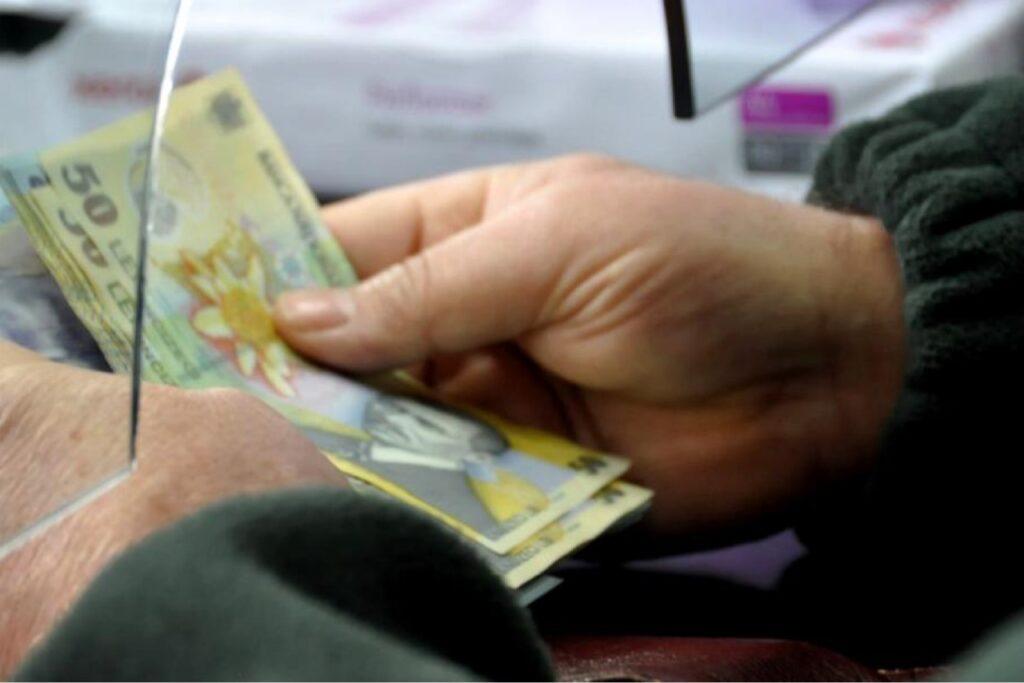 PARLAMENTUL A VOTAT MAJORAREA PENSIILOR CU 40%