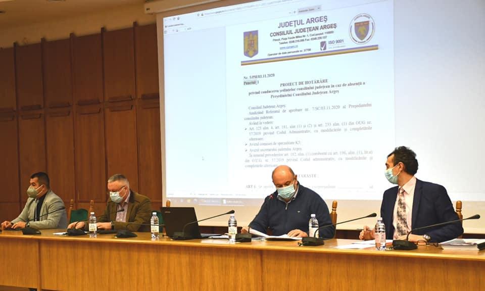 CJ ARGEȘ, ANUNȚ PRIVIND BURSELE PENTRU ELEVI