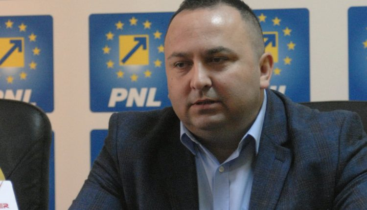SOFIANU L-AR VREA PE COTEȚ VICEPRIMAR LA PITEȘTI