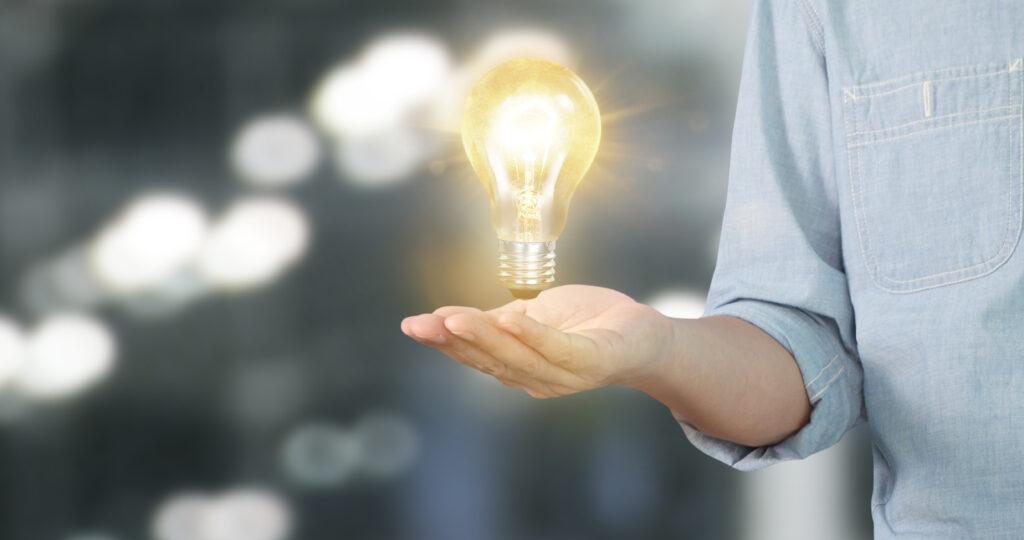 Nu știi ce ofertă de energie electrică să alegi? Cu ENGIE Star, ai prima factură gratuit și preț fix la energia activă tot anul