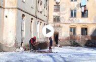 VIDEO: OAMENII CARE URĂSC IARNA LOCUIESC ÎN ȘTEFĂNEȘTI