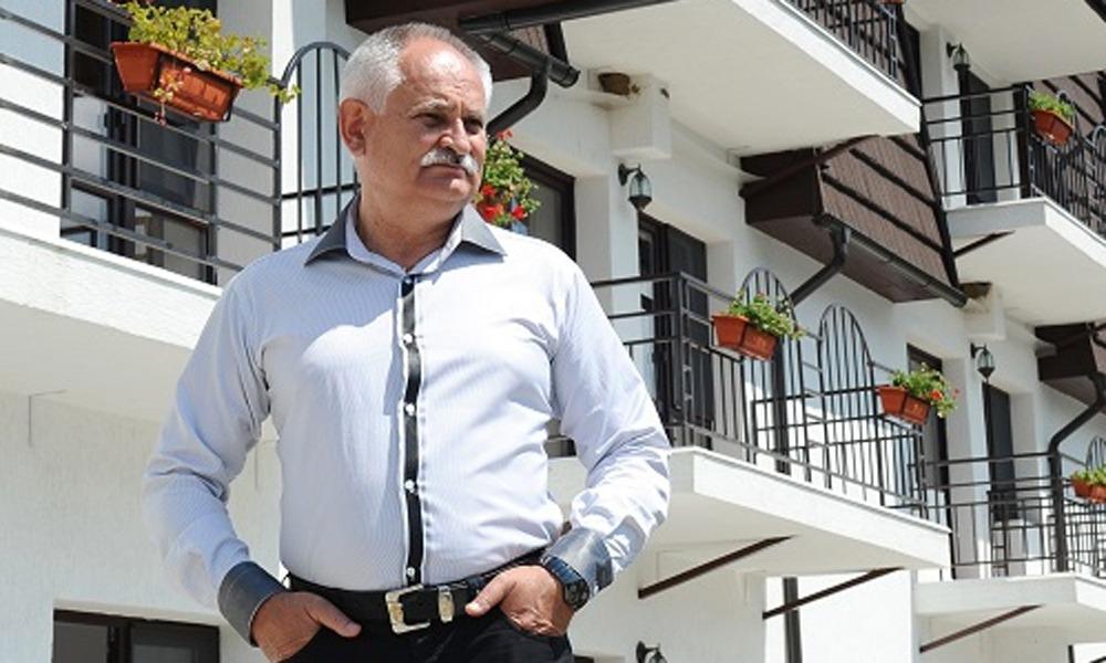 DUMITRU GRECU ŞI-AR TRANSFORMA HOTELUL DE 4 STELE ÎN... AZIL