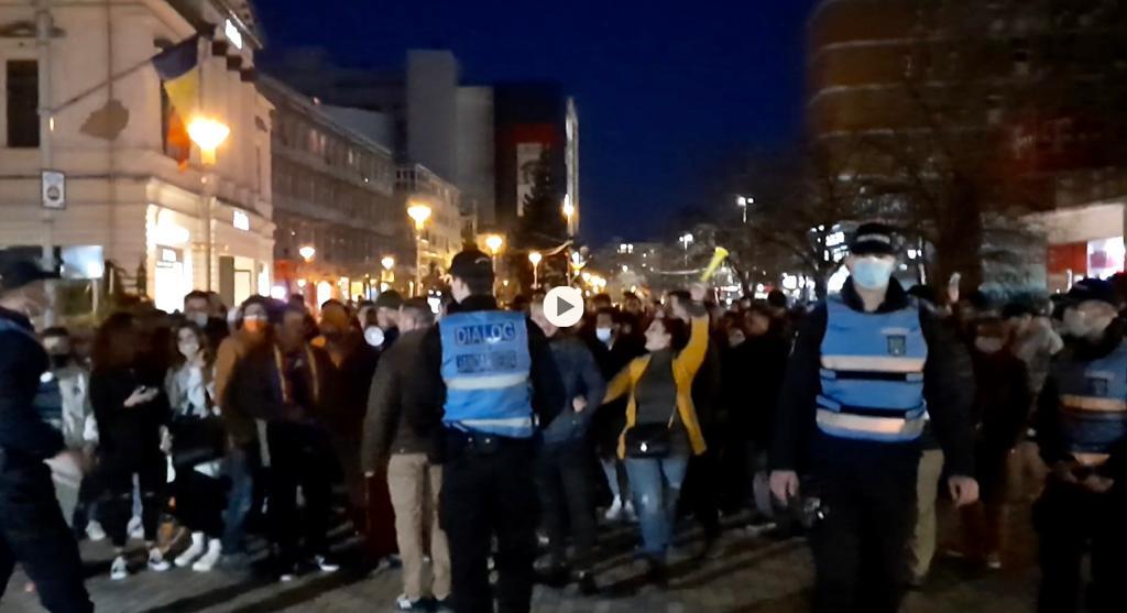 VIDEO: ACUM A ÎNCEPUT UN NOU PROTEST ÎN PITEȘTI