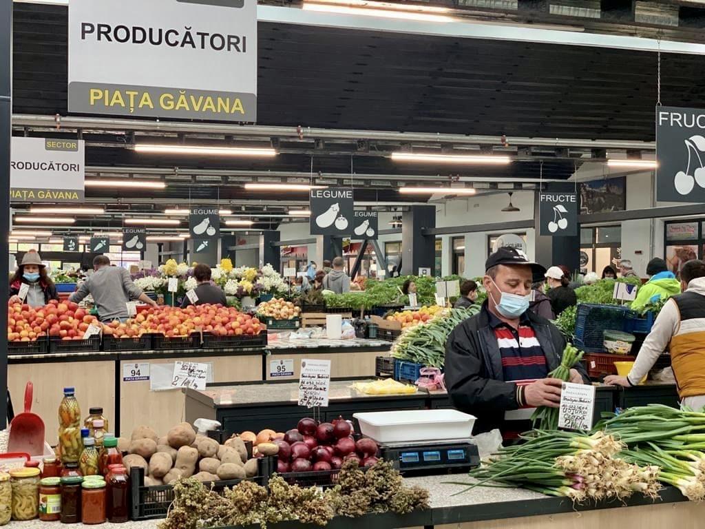 Programul piețelor din Pitești în perioada sărbătorilor Pascale