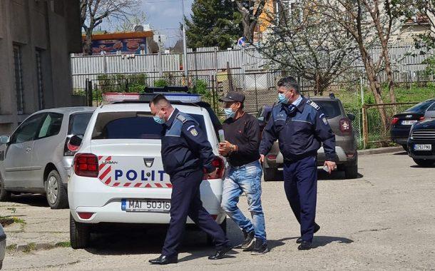 Fetiță de 7 ani, violată în Argeș. A înregistrat actul sexual!