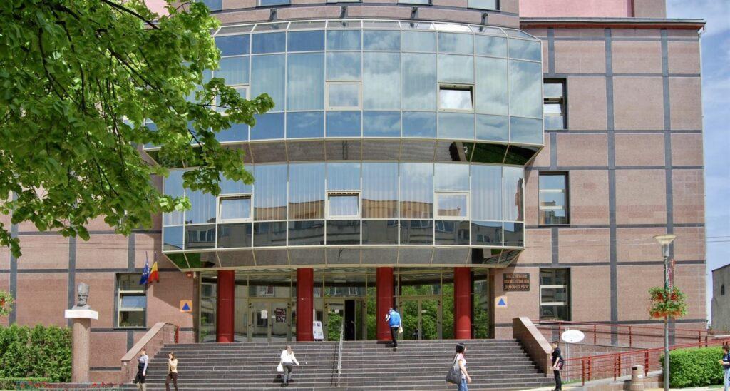 Tarife mai mari la Biblioteca Județeană Argeș