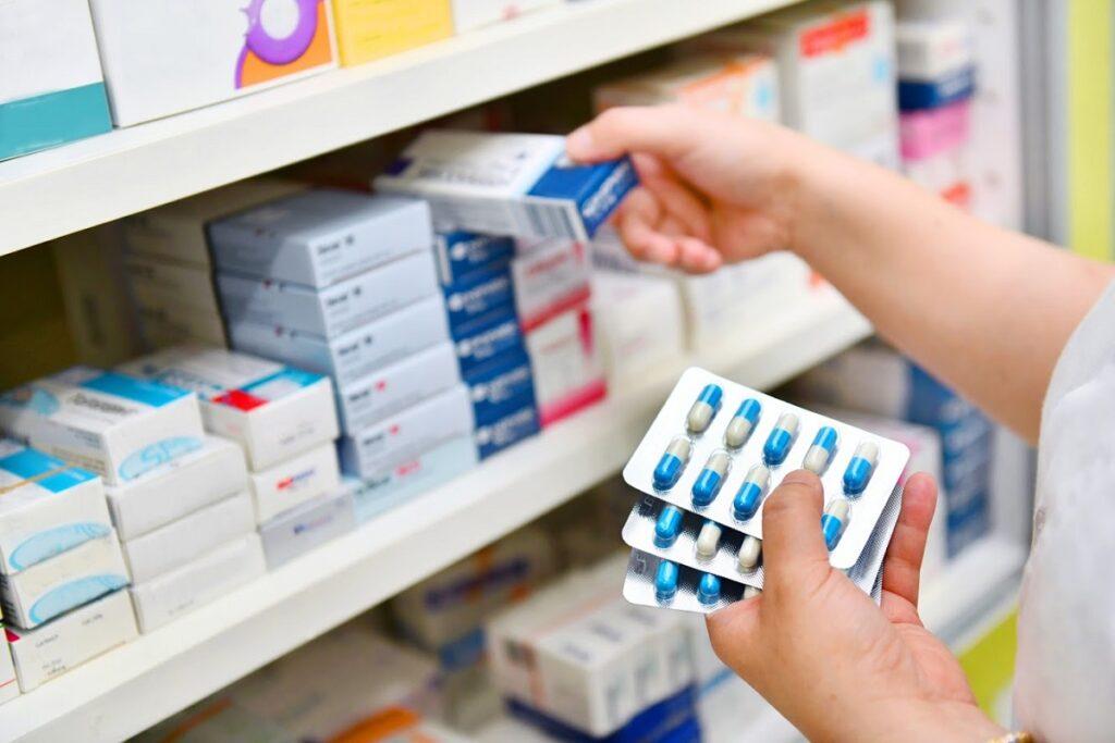 Bani mulţi pentru medicamente la Spitalul Județean din Pitești