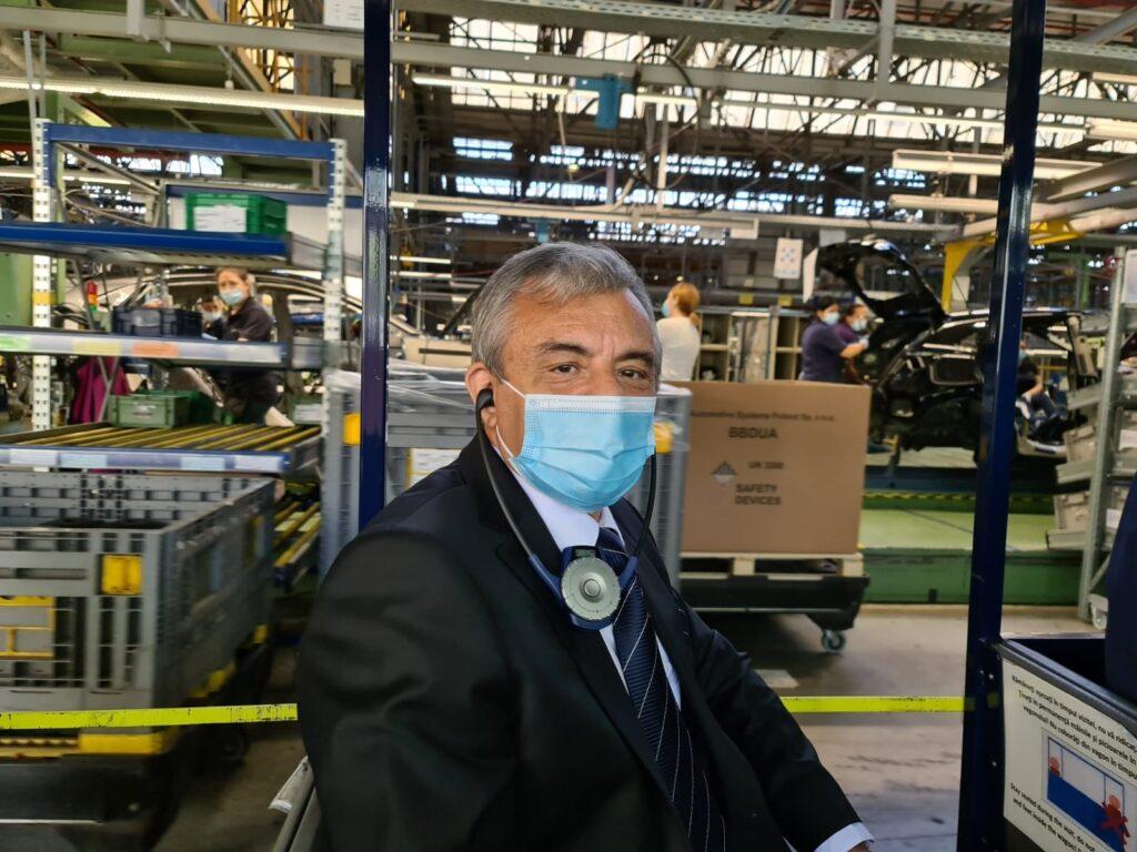 Deputatul Adrian Miuţescu, în vizită la Uzina Ford