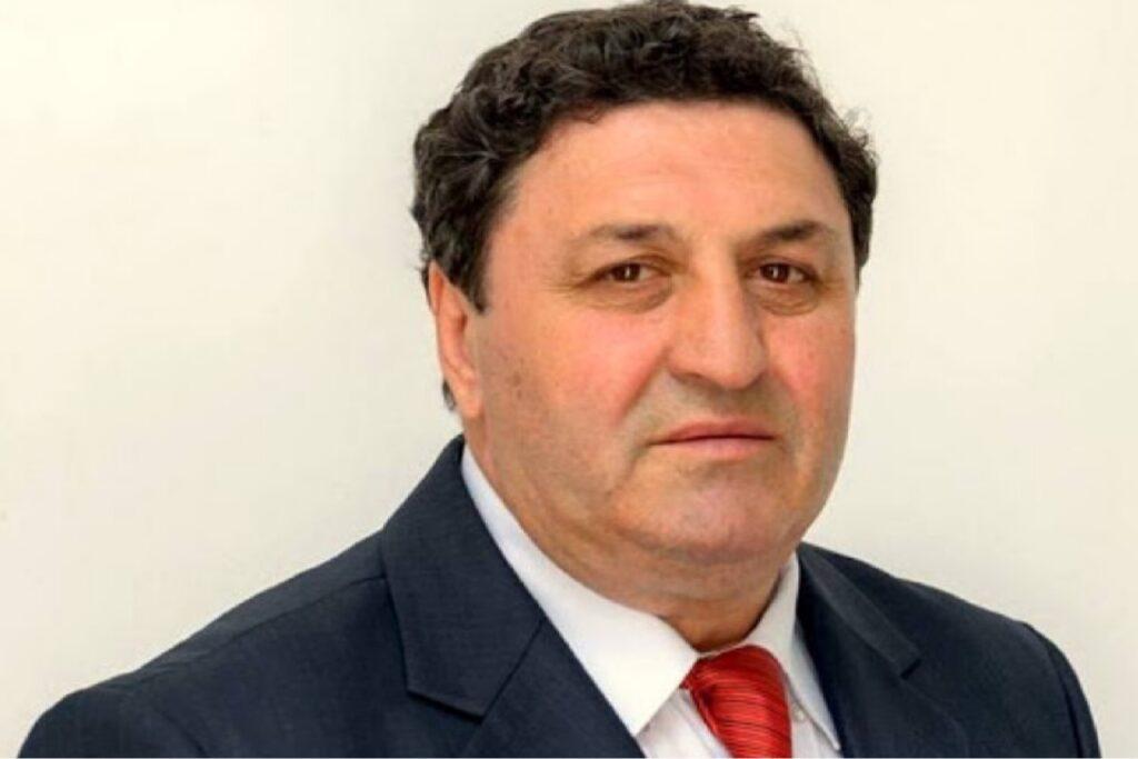 Fost primar din Argeș, condamnat. A lovit o mașină și duhnea a băutură