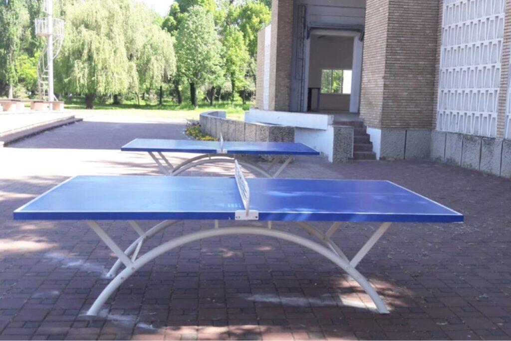 Mese de ping-pong în parcurile din Piteşti