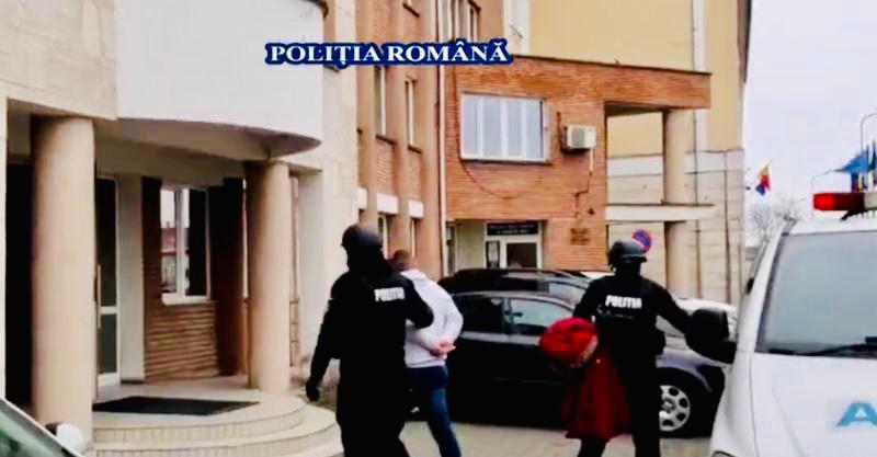 Tânăr de 22 de ani din Ștefănești arestat pentru tâlhărie