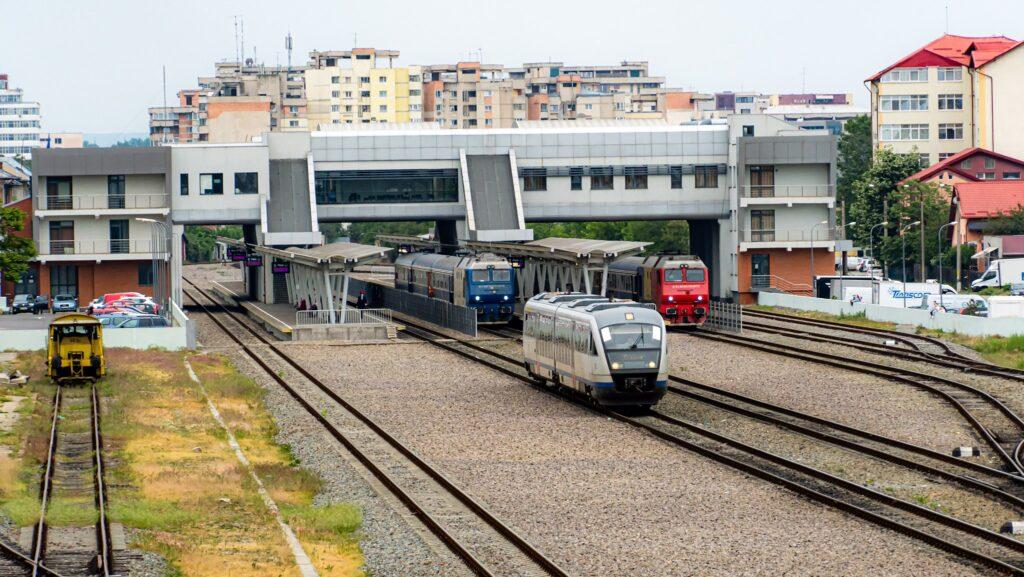 CFR iar a comis-o. Trenul spre București, întârziere 100 de minute!!!
