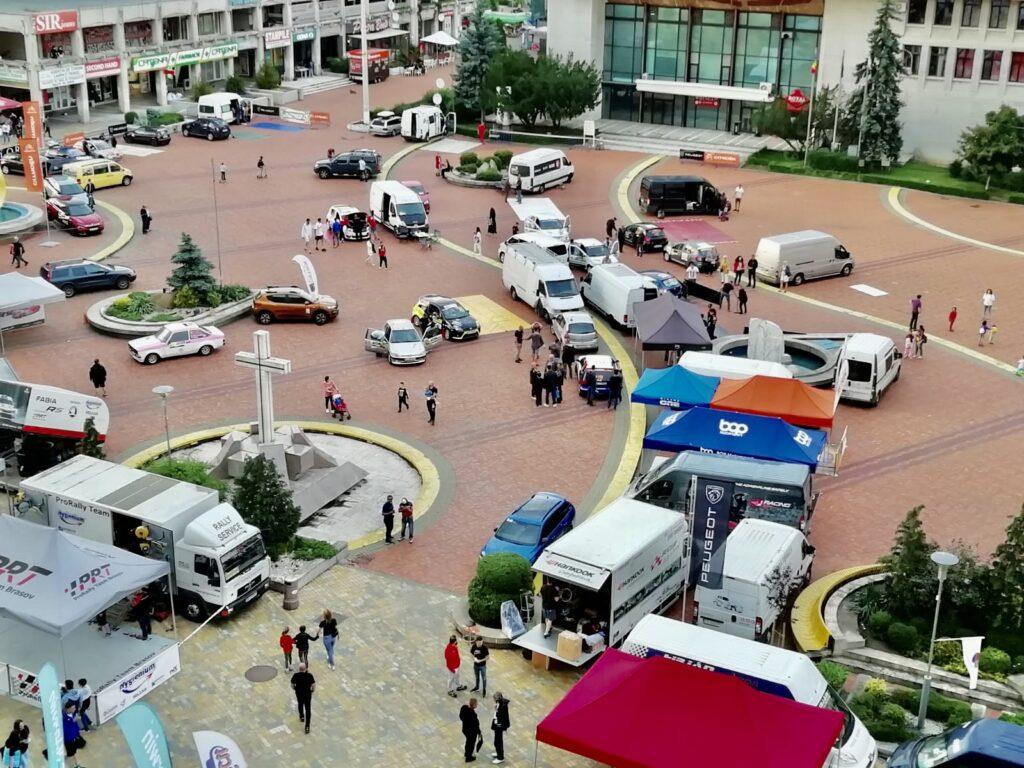 Acum! Motoare turate la maximum în Piața Milea din Pitești