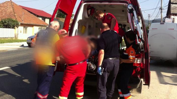 Bărbat căzut de pe casă în Argeș. A rămas inconștient!