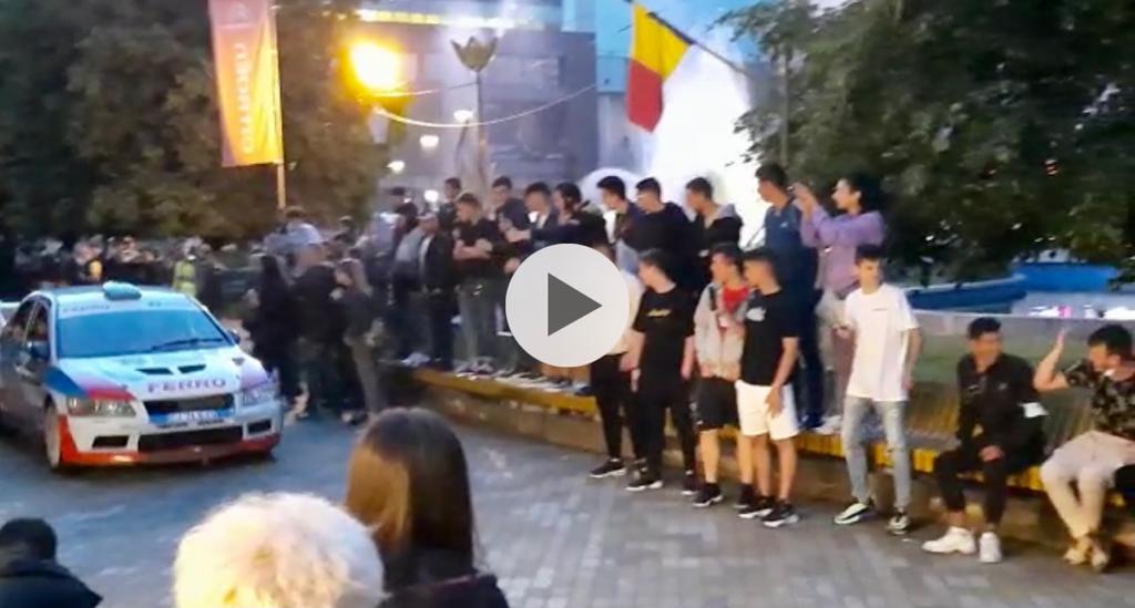 LIVE VIDEO: S-a dat startul! Spectacol auto pe Strada Mare