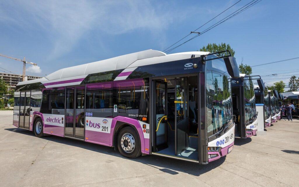 Autobuzele electrice vor fi alb-violete