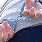 Agresor arestat în Argeș. A prins-o de păr și a pus-o la pământ!